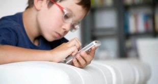 سن مناسب استفاده کودکان از موبایل و تبلت